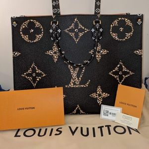 🆕🖤LV Jungle OnTheGo Tote🖤